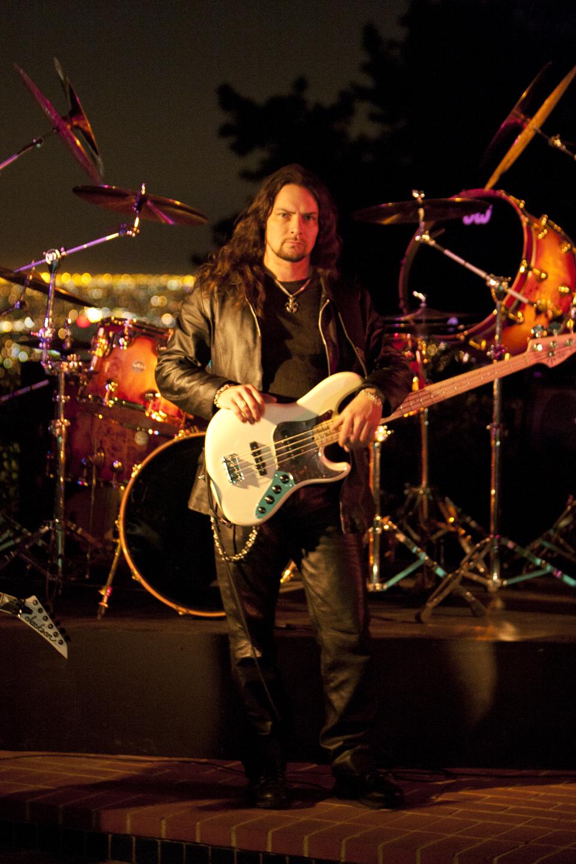 Bjorn Englen – Bass